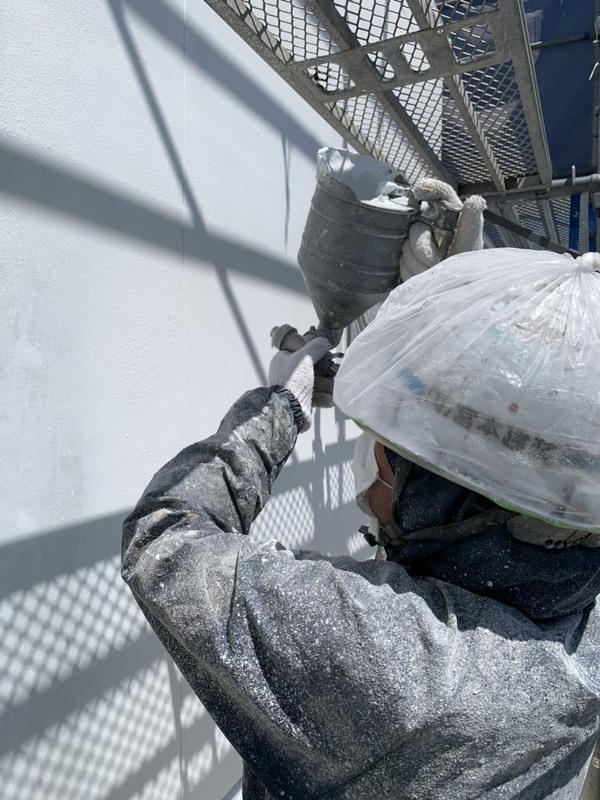熊本内田町新築住宅・弾性ベルアート外壁上吹き塗装工事