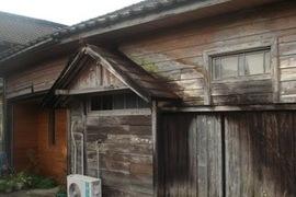 熊本の酒造会社木造建築物のレトロ仕上げ~柿渋/キシラデコール使用の施工前画像
