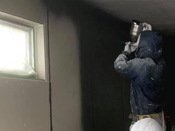 外壁ベルアート吹きつけ塗装仕上げ