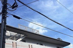 高所作業を足場無しでコストを下げ安全に施工(庇塗装(パラペット))の施工後画像