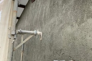 熊本地震被害外壁修繕工事 下地張替え後左官工事の施工後画像