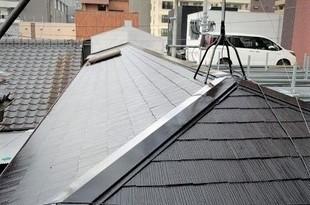 熊本市中央区 コロニアル(スレート)屋根、既存塗膜剥離後塗装の施工後画像
