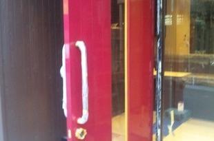 扉塗装 イメージチェンジ 熊本市店舗の施工後画像