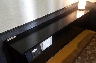 熊本ホテル 内部木部塗装工事 工期内完了の施工後画像