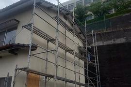 外壁モルタル仕上げ後 復旧吹付仕上げ塗装工事 の施工前画像