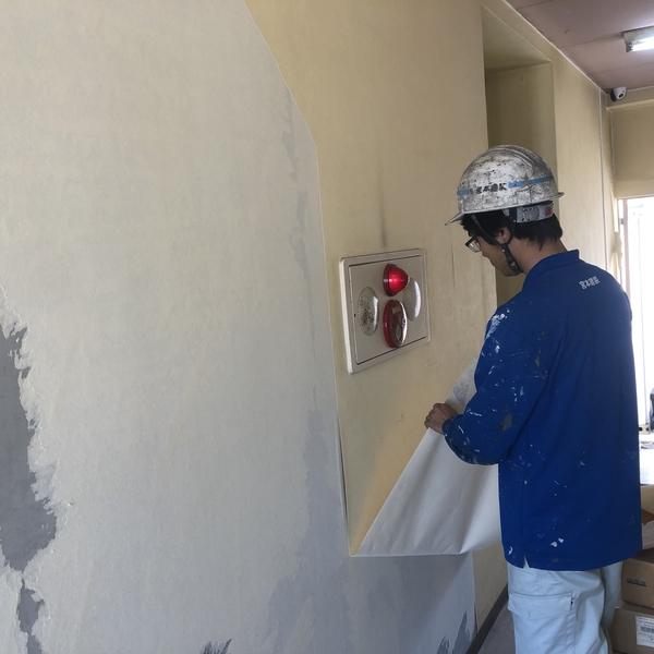 熊本市中央区ホテル内部塗装・既存クロス撤去工事