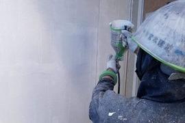 熊本県球磨郡あさぎり町にて住宅外壁ベルアート吹付塗装仕上げの施工前画像