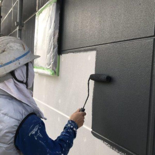熊本県荒尾市新築住宅塗装・外壁色分け2色塗り、下塗り工事