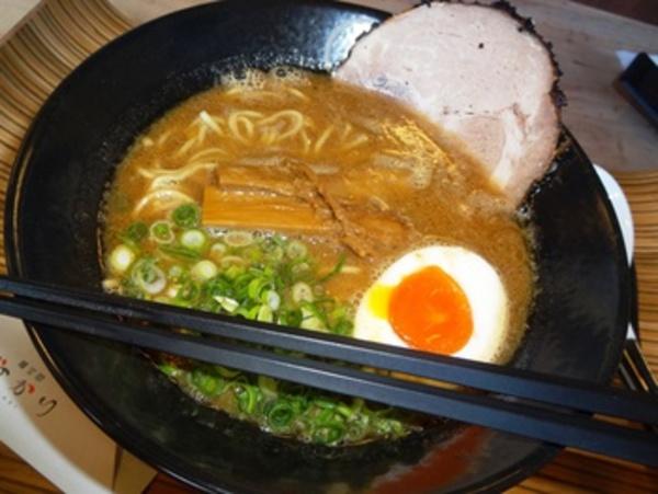 熊本 麺空間 灯かり(新店舗ラーメン)食べてみた♪