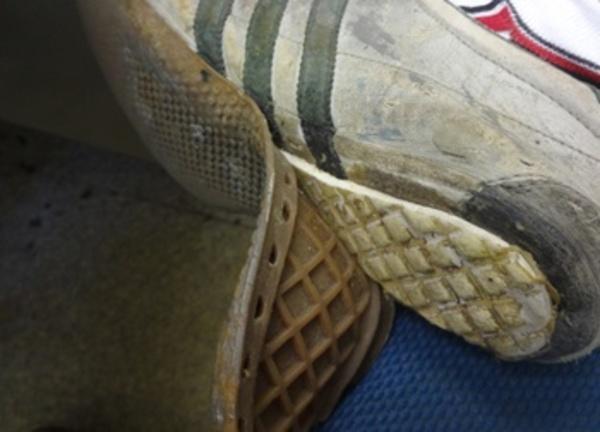 靴底がもげた・。・
