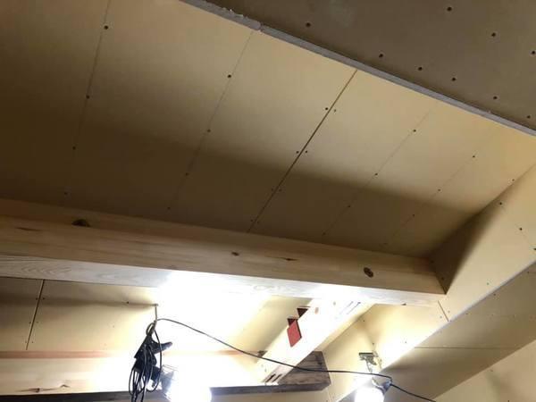 熊本県菊池市内部木部塗装工事 ウォルナット着色後クリア仕上げ