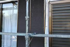 熊本県山鹿市 戸袋吹付塗装工事 材料シリコン仕上げの施工前画像