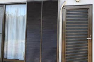熊本県山鹿市 戸袋吹付塗装工事 材料シリコン仕上げの施工後画像