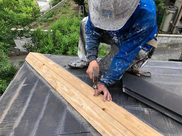 熊本市北区鶴羽田・屋根板金下地補修及び板金取付け工事
