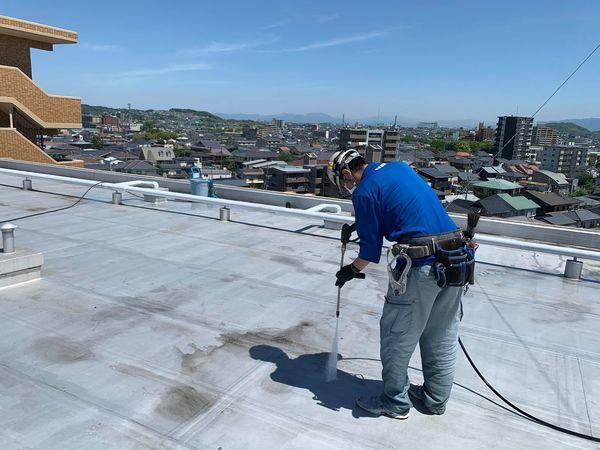 熊本市北区楠・マンション屋上防水塗装工事・高圧水洗浄