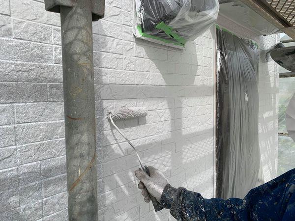 熊本県宇城市外壁屋根塗装工事・外壁中塗り