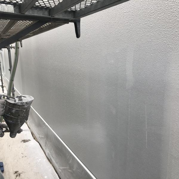 熊本市東区江津・外壁塗装(ベース吹き)