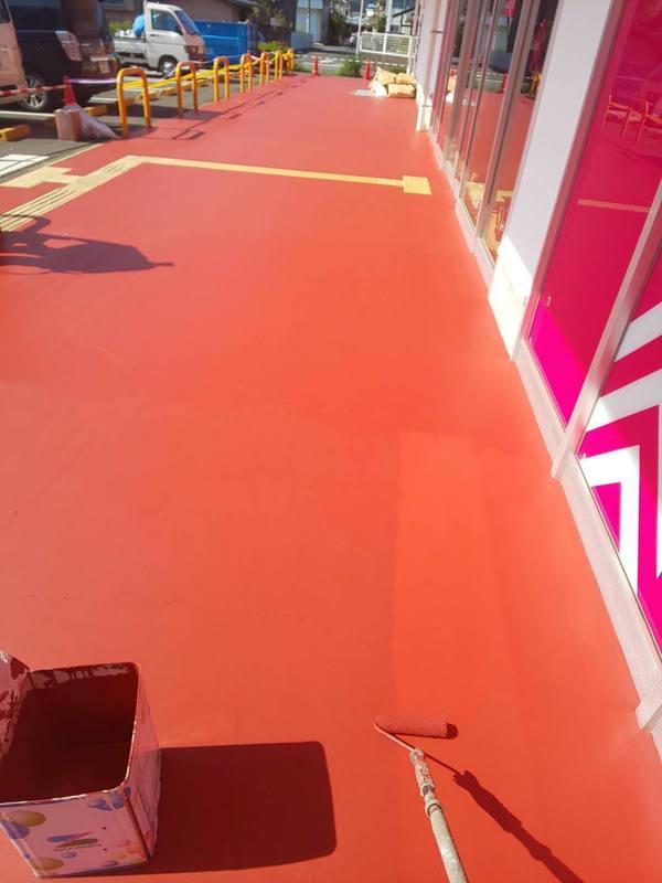 熊本県玉名大型店舗外壁塗装・床塗装(出張)
