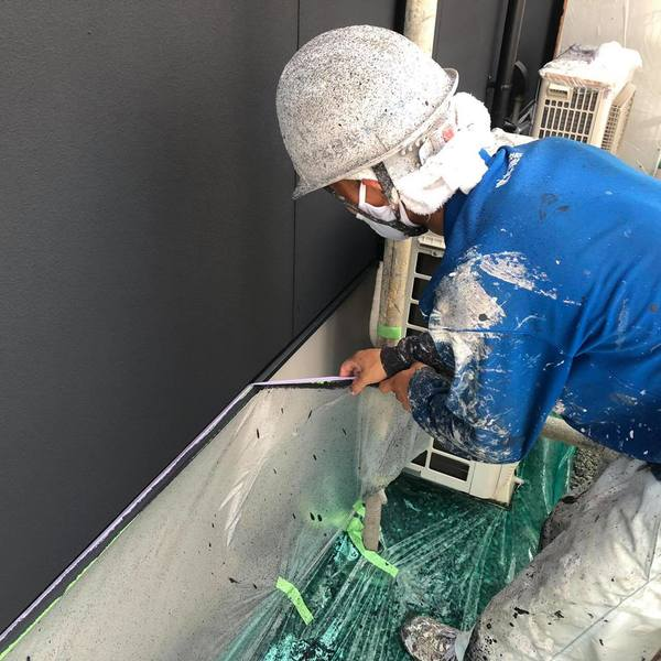 熊本市中央区黒髪外壁塗装・上塗り・養生撤去