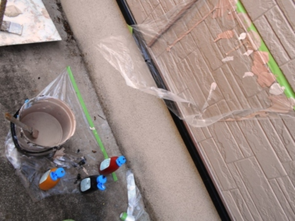 職人の熊本市住宅外壁塗装&外壁補修工事の色合わせボヤキw(調色)