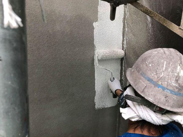 熊本市北区・外壁塗装工事・外壁補修部下塗り