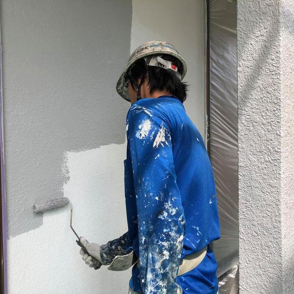 熊本市西区花園・外壁塗装(上塗り一回目)
