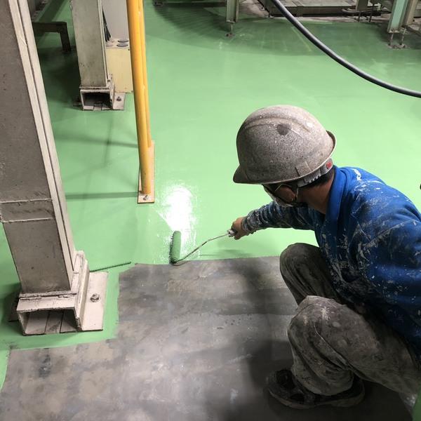 熊本県八代市・土間塗装工事(上塗り一回目)