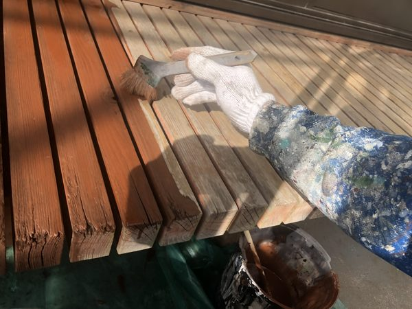 熊本市東区・外壁塗装工事(ウッドデッキ上塗り)