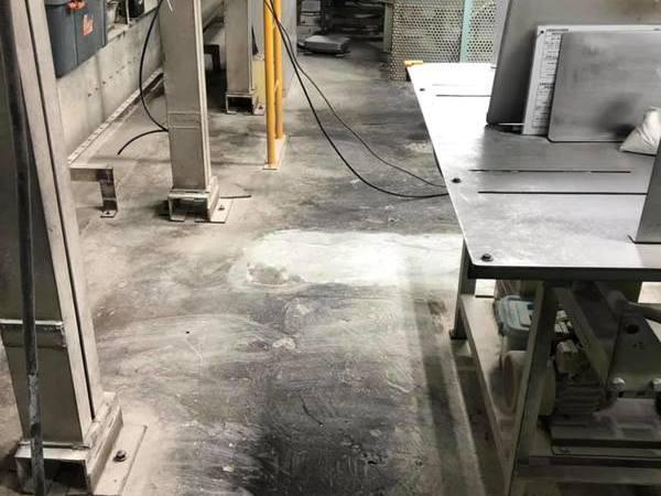 熊本県八代市工場内部 塗床工事 熊本地震修繕工事(床割れ)
