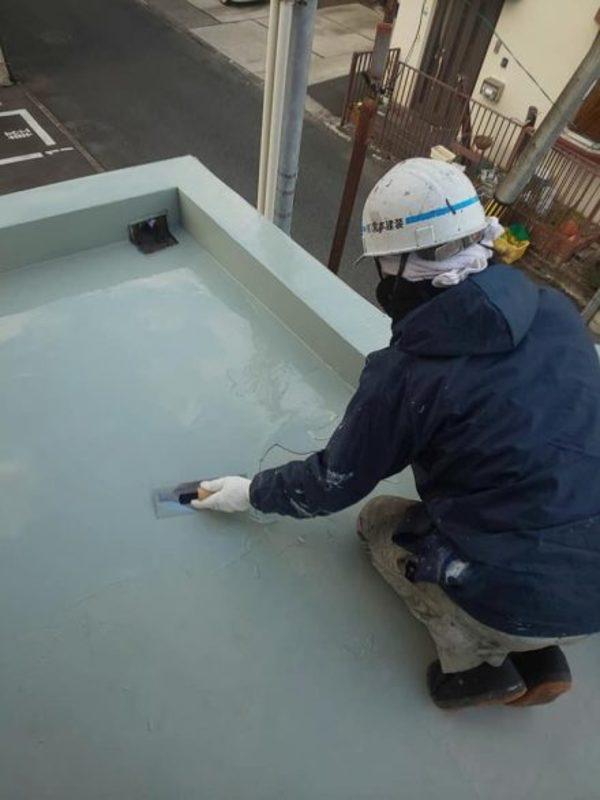 熊本市中央区迎町・玄関上防水(ウレタン2回目)