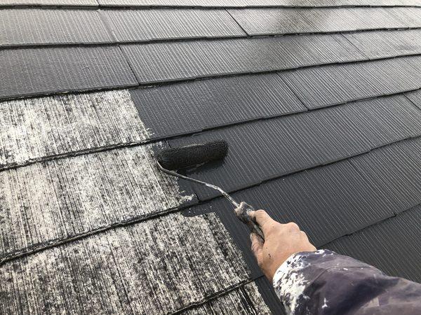 熊本市中央区・屋根塗装工事(中塗り・水性シリコン)