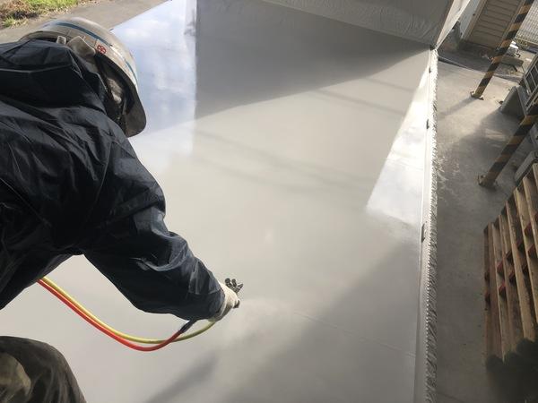 熊本県八代市・床塗装(トラック荷台・上吹き二回目)