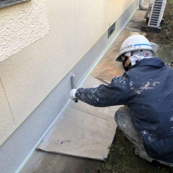 熊本市東区・外壁塗装(基礎巾木塗装完)