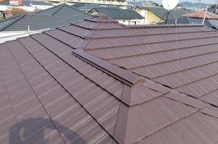 熊本県熊本市東区健軍 屋根塗装 今回の下塗り厚膜タイプのウルトラルーフプライマー を使用!の施工後画像