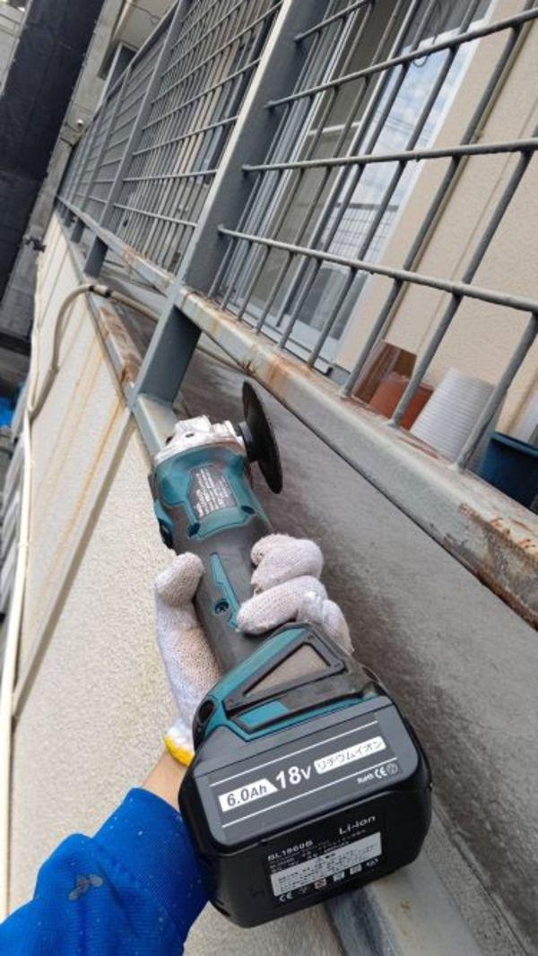 熊本市東区健軍本町マンションベランダ鉄部塗装工事(下地処理・階段鉄骨)