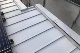 熊本県合志市にて屋根シリコン塗装工事 板金屋根タイプー宮本建装ーの施工前画像