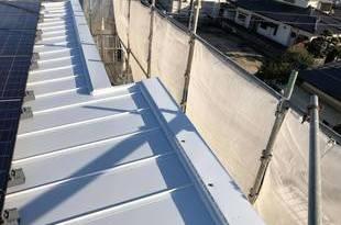 熊本県合志市にて屋根シリコン塗装工事 板金屋根タイプー宮本建装ーの施工後画像