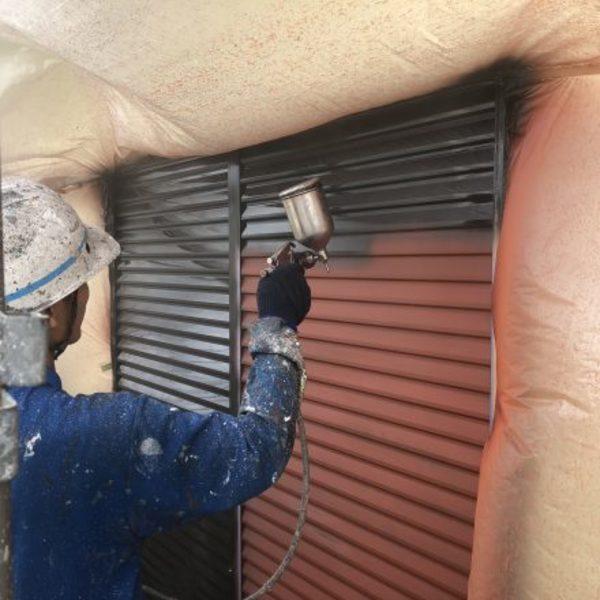 熊本市北区植木・雨戸2液型弱溶剤シリコン塗装完了