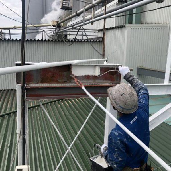 熊本県八代市・屋根上鉄骨塗装及びキャップ取替え工事完了!